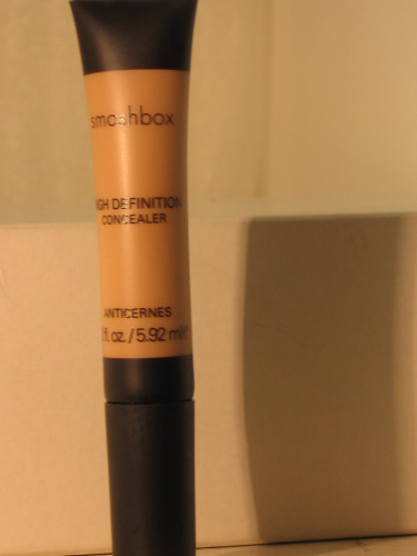 SMASHBOX HIGH DEFINITION CONCEALER MEDIUM