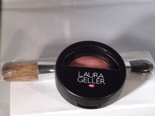 Laura Geller Baked Blush-n-Brighten Rouge Berry Trifle mit Pinsel